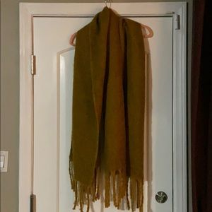 Cozy and soft winter scarf / wrap